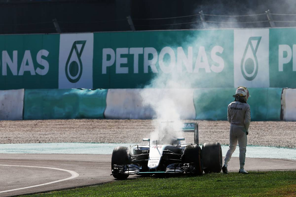 Lewis Hamilton (GBR) Mercedes AMG F1 W07 Hybrid retired from the race with a blown engine.