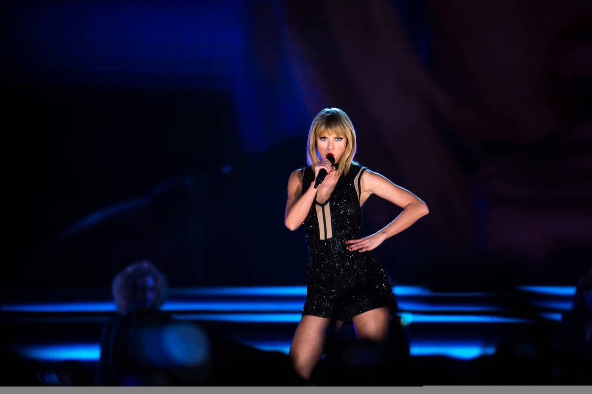Taylor Swift (USA) Singer, performs a concert at COTA.