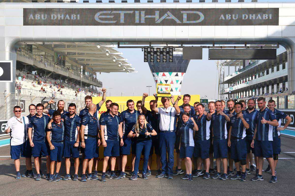 Williams presented with the DHL fastest pit stop trophy.